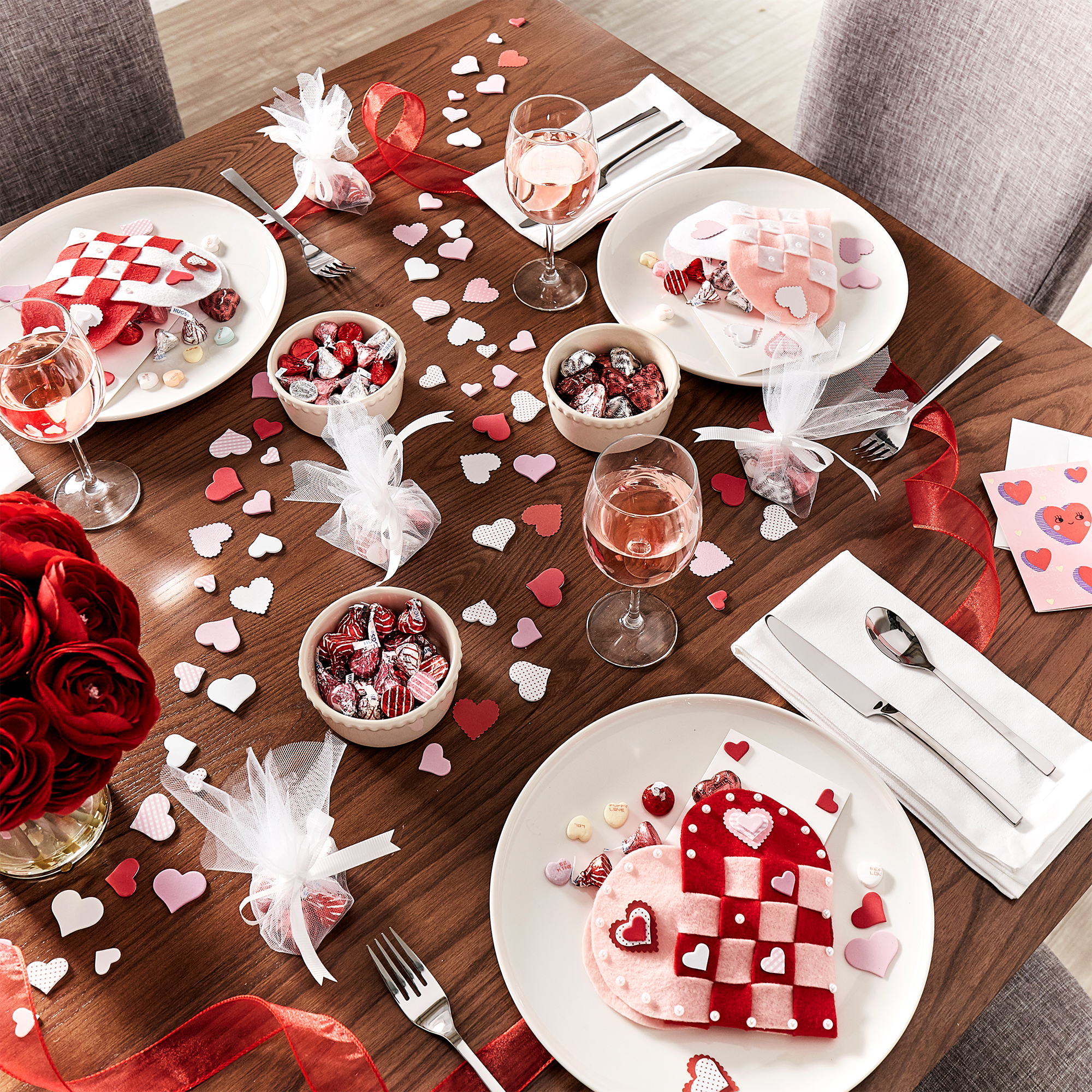 iNSPIRE Q Valentine's Day Table