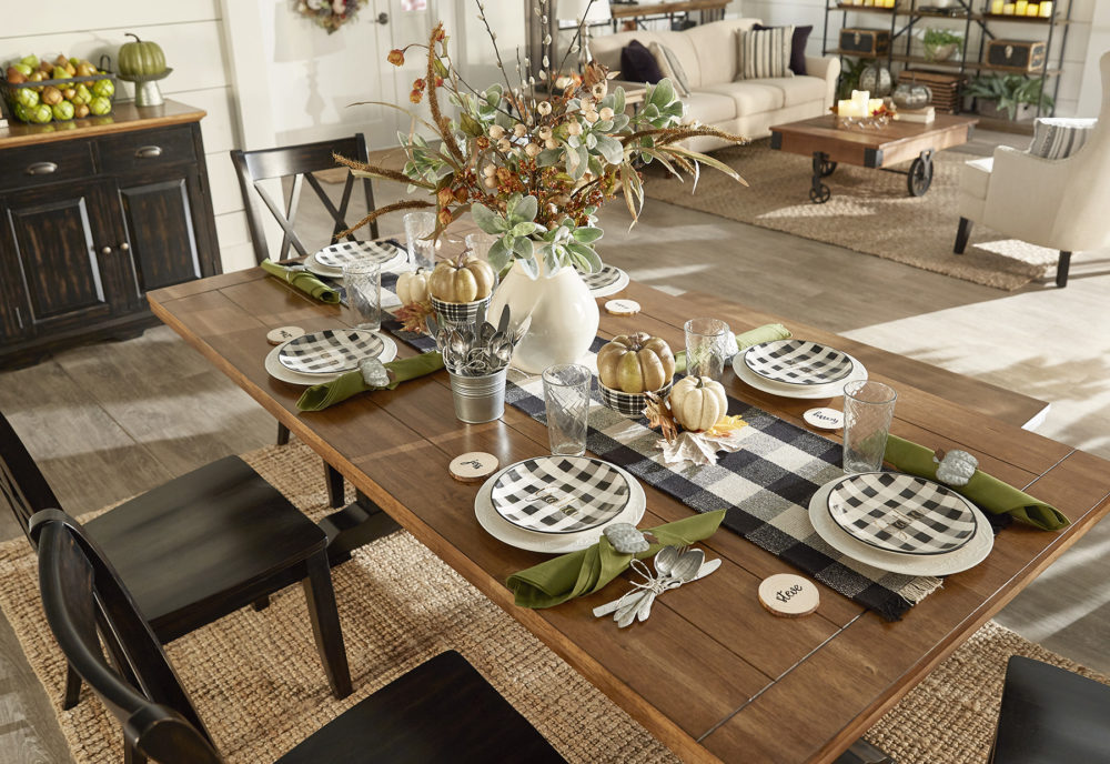 iNSPIRE Q Farmhouse Holiday Decor-- Thanksgiving table decor