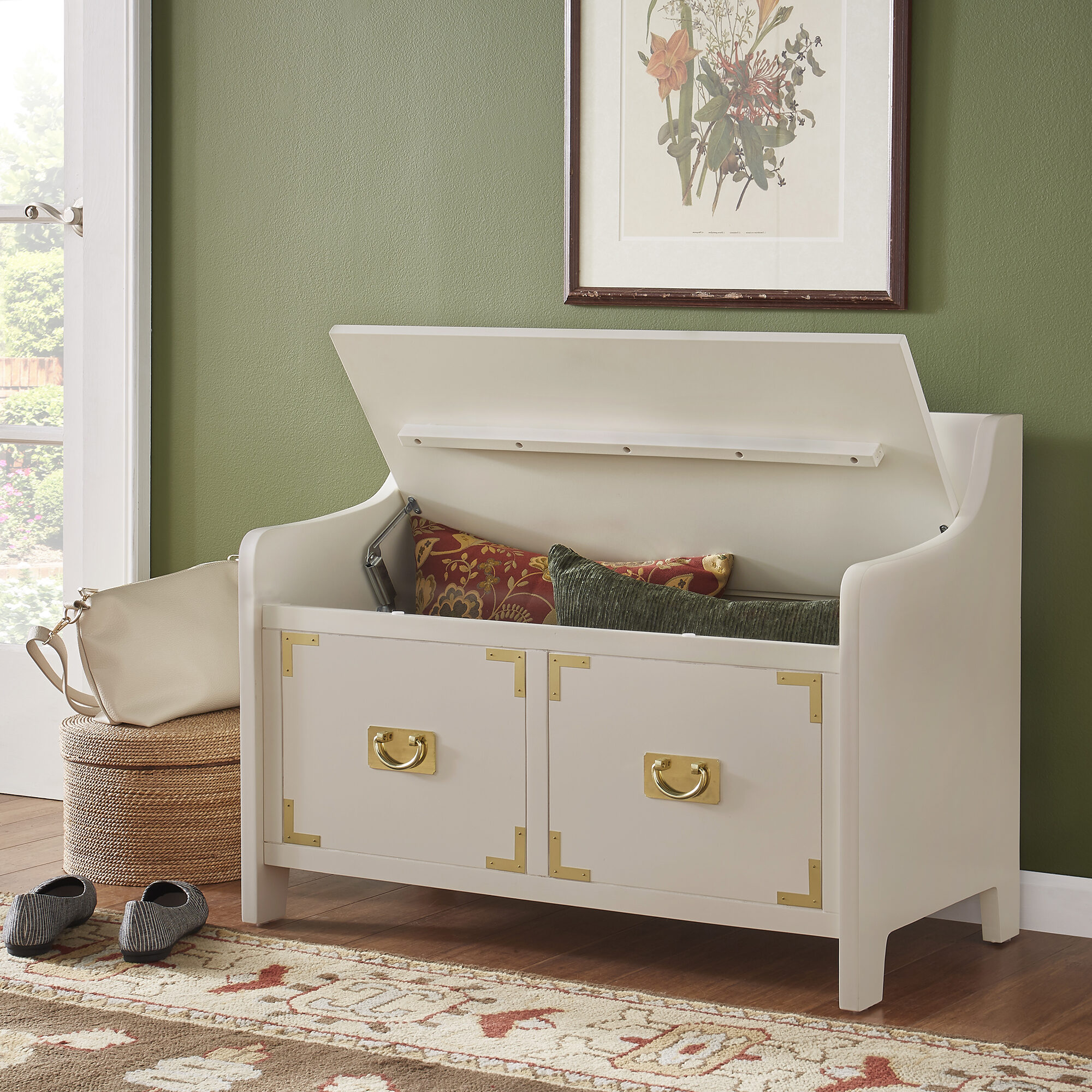 The final kids' bedroom idea we have is to get a toybox of sorts for your child. In this picture, we have a white, lift-top storage bench. The seat of the bench can be lifted to reveal an interior compartment, perfect for discreetly storing your child's toys.