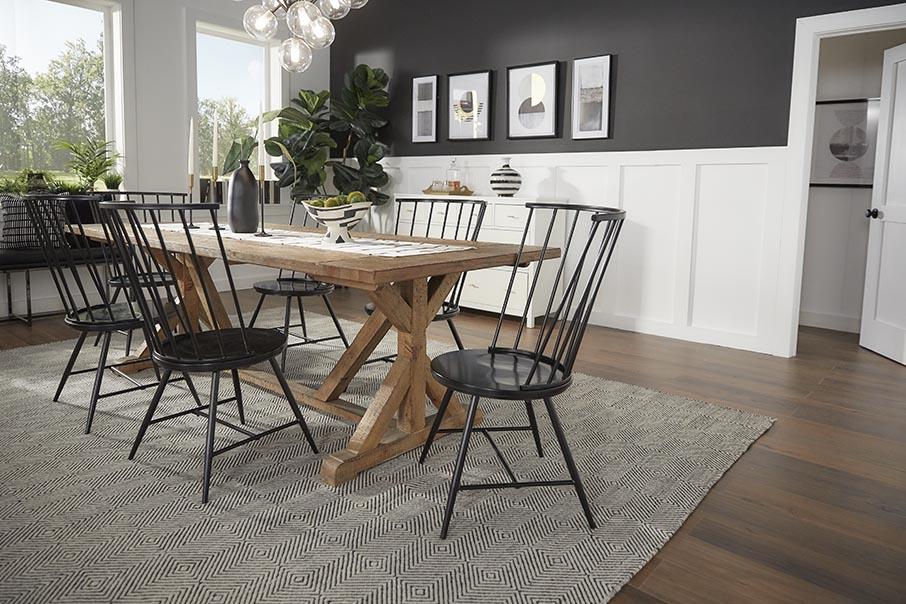 iNSPIRE Q black and white dining decor